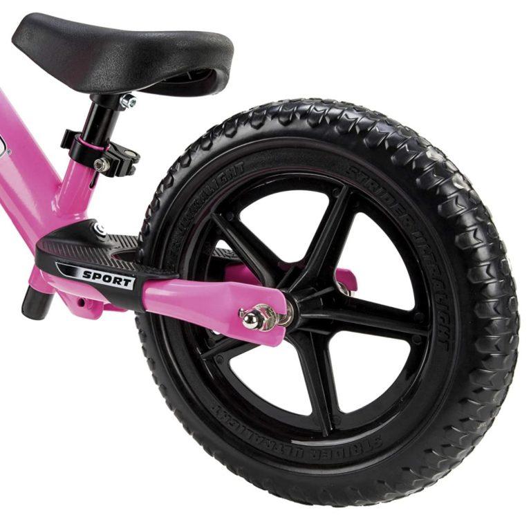 Rueda trasera de espuma EVA de la bicicleta sin pedales Strider Sport rosa